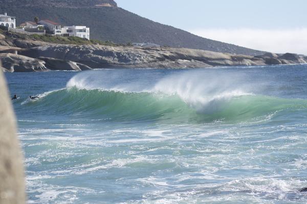 Welle in Llundudno, Kapstadt