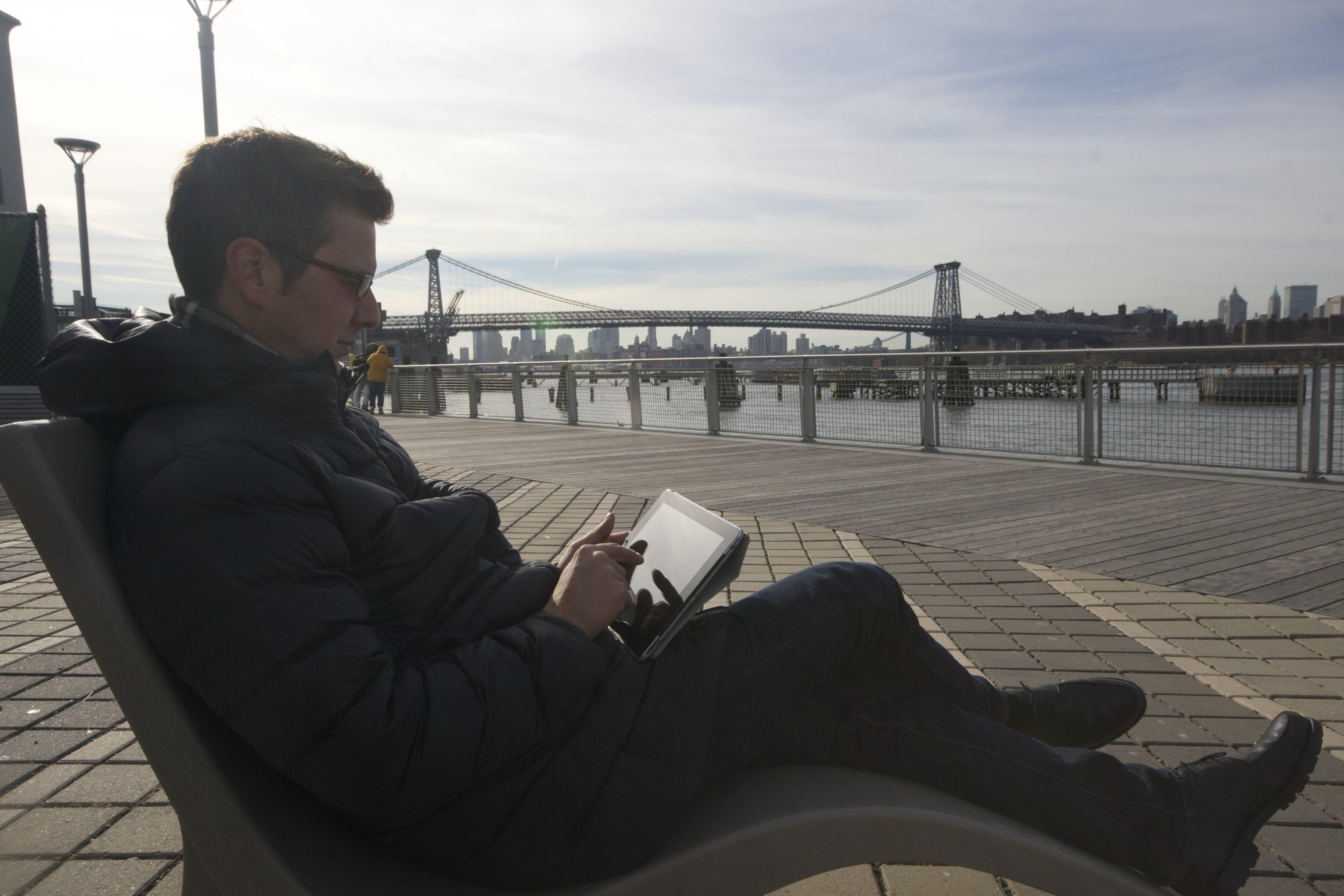 BMW: Brooklyn-, Manhattan- und Williamsburgbridge, so heißen die 3 Brücken über den Eastriver. Und schnell mal die Ankünfte für die nächste Woche am online Belegungsplan checken.