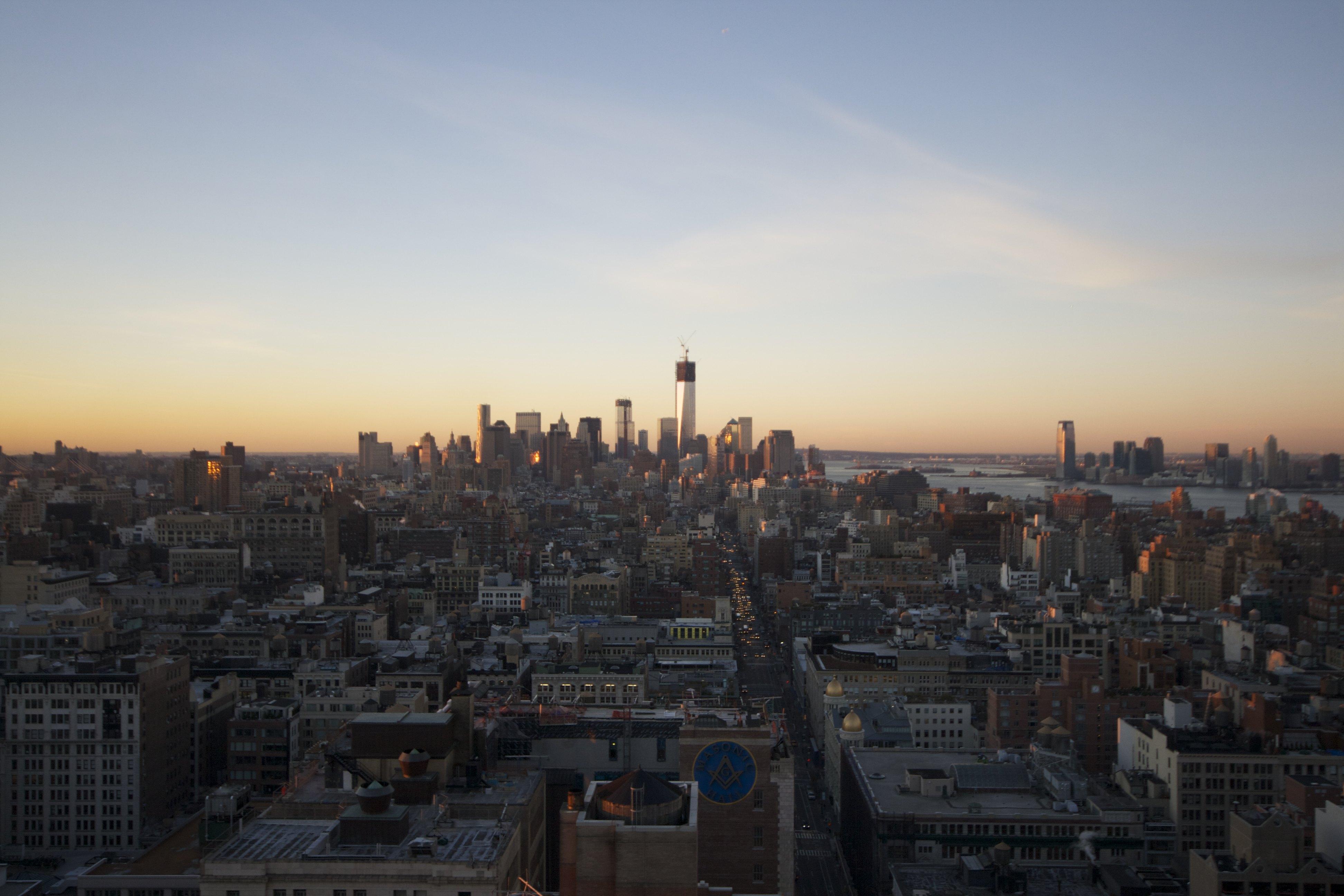 Blick Richtung Downtown Manhattan, man beachte die halb-fertigen Freedom Towers #NYC